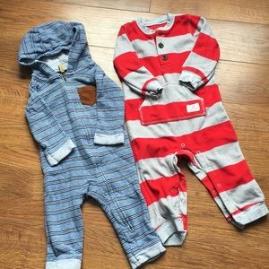 4/30$ size 9 one pieces for boys Carter's